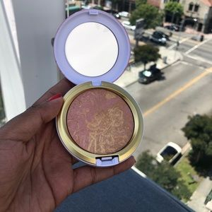 BRAND NEW Mac Iridescent Bronzing Powder